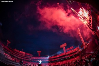 BOSTON, MA - JULY 6: Singer Luke Bryan performs during a concert on July 6, 2018 at Fenway Park in Boston, Massachusetts. (Photo by Billie Weiss/Boston Red Sox/Getty Images) *** Local Caption *** Luke Bryan