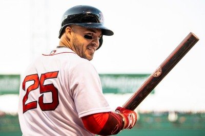 BOSTON, MA - JULY 12: Steve Pearce #25 of the Boston Red Sox reacts during the first inning of a game against the Toronto Blue Jays on July 12, 2018 at Fenway Park in Boston, Massachusetts. (Photo by Billie Weiss/Boston Red Sox/Getty Images) *** Local Caption *** Steve Pearce