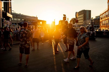 August 9, 2018, Boston, MA: Fans enter the stadium during a Jimmy Buffett concert at Fenway Park in Boston, Massachusetts Thursday, August 9, 2018. (Photo by Billie Weiss/Boston Red Sox)