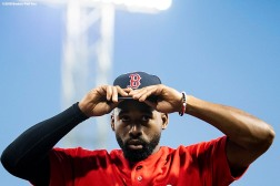 BOSTON, MA - SEPTEMBER 14: Jackie Bradley Jr. #19 of the Boston Red Sox puts on his cap before a game against the New York Mets on September 14, 2018 at Fenway Park in Boston, Massachusetts. (Photo by Billie Weiss/Boston Red Sox/Getty Images) *** Local Caption *** Jackie Bradley Jr.