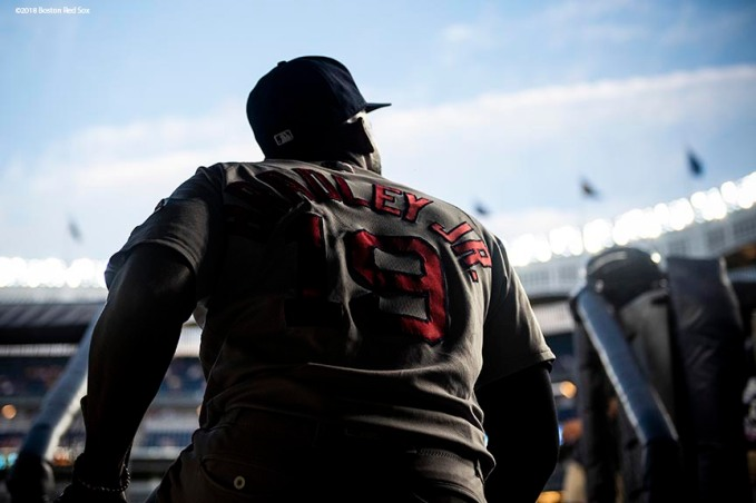 NEW YORK, NY - SEPTEMBER 18: Jackie Bradley Jr. #19 of the Boston Red Sox walks out of the clubhouse before a game against the New York Yankees on September 18, 2018 at Yankee Stadium in the Bronx borough of New York City. (Photo by Billie Weiss/Boston Red Sox/Getty Images) *** Local Caption *** Jackie Bradley Jr.