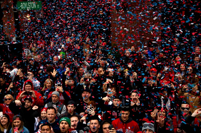 BOSTON, MA - OCTOBER 31: Fans cheer during the of the Boston Red Sox 2018 World Series rolling rally parade on October 31, 2018 in Boston, Massachusetts. (Photo by Billie Weiss/Boston Red Sox/Getty Images) *** Local Caption ***