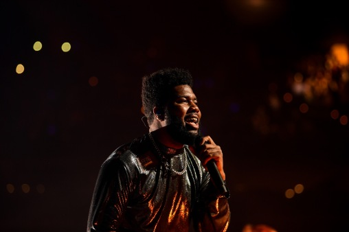 BOSTON, MA - DECEMBER 04: Khalid performs at KISS 108's Jingle Ball 2018 at TD Garden on December 4, 2018 in Boston, Massachusetts. (Photo by Billie Weiss/Getty Images)