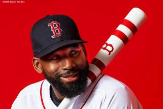 FT. MYERS, FL - FEBRUARY 19: Jackie Bradley Jr. #19 of the Boston Red Sox poses for a portrait on team photo day on February 19, 2019 at JetBlue Park at Fenway South in Fort Myers, Florida. (Photo by Billie Weiss/Boston Red Sox/Getty Images) *** Local Caption *** Jackie Bradley Jr.