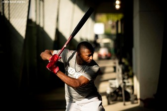 FT. MYERS, FL - FEBRUARY 25: Eduardo Nunez #36 of the Boston Red Sox takes batting practice during a team workout on February 25, 2019 at JetBlue Park at Fenway South in Fort Myers, Florida. (Photo by Billie Weiss/Boston Red Sox/Getty Images) *** Local Caption *** Eduardo Nunez