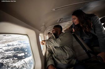 SEATTLE, WA - MARCH 27: Jackie Bradley Jr. #19 of the Boston Red Sox and ESPN anchor Jessica Mendoza look out the window during a charter flight over Mount Rainier in Seattle, Washington on March 27, 2019. (Photo by Billie Weiss/Boston Red Sox/Getty Images) *** Local Caption *** Jackie Bradley Jr.; Jessica Mendoza