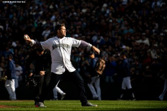 SEATTLE, WA - MARCH 28: Former designated hitter Edgar Martinez of the Seattle Mariners throws out the ceremonial first pitch before the 2019 Opening day game against the Boston Red Sox at T-Mobile Park in Seattle, Washington on March 28, 2019. (Photo by Billie Weiss/Boston Red Sox/Getty Images) *** Local Caption *** Edgar Martinez