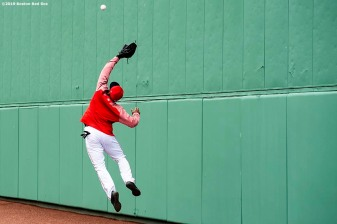 BOSTON, MA - APRIL 11: Jackie Bradley Jr. #19 of the Boston Red Sox catches a fly ball before a game against the Toronto Blue Jays on April 11, 2019 at Fenway Park in Boston, Massachusetts. (Photo by Billie Weiss/Boston Red Sox/Getty Images) *** Local Caption *** Jackie Bradley Jr.