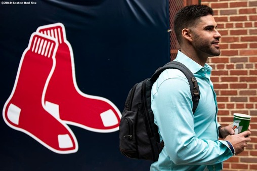 BOSTON, MA - MAY 1: J.D. Martinez #28 of the Boston Red Sox reacts as he boards the bus after a game against the Oakland Athletics on May 1, 2019 at Fenway Park in Boston, Massachusetts. (Photo by Billie Weiss/Boston Red Sox/Getty Images) *** Local Caption *** J.D. Martinez
