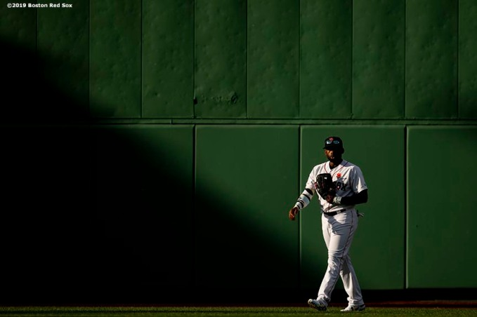 BOSTON, MA - MAY 27: Jackie Bradley Jr. #19 of the Boston Red Sox looks on during the sixth inning of a game against the Cleveland Indians on May 27, 2019 at Fenway Park in Boston, Massachusetts. (Photo by Billie Weiss/Boston Red Sox/Getty Images) *** Local Caption *** Jackie Bradley Jr.