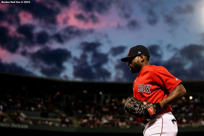 BOSTON, MA - JUNE 7: Jackie Bradley Jr. #19 of the Boston Red Sox runs toward the dugout as the sun sets during the sixth inning of a game against the Tampa Bay Rays on June 7, 2019 at Fenway Park in Boston, Massachusetts. (Photo by Billie Weiss/Boston Red Sox/Getty Images) *** Local Caption *** Jackie Bradley Jr.