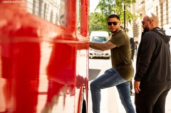 LONDON, ENGLAND - JUNE 27: Hector Velazquez #76 and Sandy Leon #3 of the Boston Red Sox boards the bus during a bus tour ahead of the 2019 Major League Baseball London Series on June 27, 2019 in London, England. (Photo by Billie Weiss/Boston Red Sox/Getty Images) *** Local Caption *** Hector Velazquez; Sandy Leon
