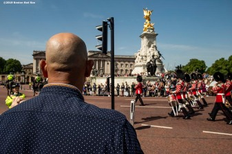 LONDON, ENGLAND - JUNE 28 : Manager Alex Cora of the Boston Red Sox looks on during a photo opportunity during the changing of the guards at Buckingham Palace ahead of the 2019 Major League Baseball London Series on June 28, 2019 in London, England. (Photo by Billie Weiss/Boston Red Sox/Getty Images) *** Local Caption ***Alex Cora
