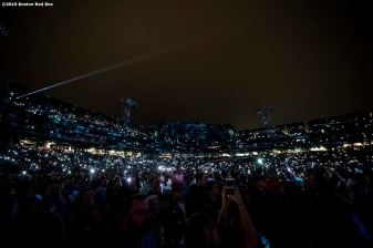 September 14, 2019 , Boston, MA: Fans hold their illuminated cell phones during a concert by Billy Joel at Fenway Park in Boston, Massachusetts Saturday, September 14, 2019. (Photo by Billie Weiss/Boston Red Sox)