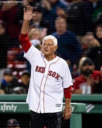 BOSTON, MA - SEPTEMBER 18: Former left fielder Carl Yastrzemski of the Boston Red Sox waves as he is introduced before throwing out a ceremonial first pitch to his grandson Mike Yastrzemski #5 of the San Francisco Giants before a game on September 18, 2019 at Fenway Park in Boston, Massachusetts. (Photo by Billie Weiss/Boston Red Sox/Getty Images) *** Local Caption *** Carl Yastrzemski; Mike Yastrzemski