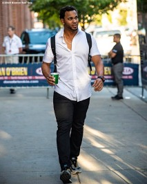 BOSTON, MA - SEPTEMBER 19: Xander Bogaerts #2 of the Boston Red Sox exits the stadium following a game against the San Francisco Giants on September 19, 2019 at Fenway Park in Boston, Massachusetts. (Photo by Billie Weiss/Boston Red Sox/Getty Images) *** Local Caption *** Xander Bogaerts