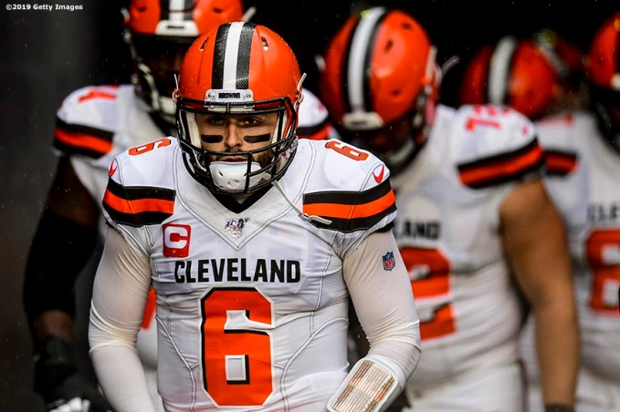 FOXBOROUGH, MASSACHUSETTS - OCTOBER 27: Quarterback Baker Mayfield #6 of the Cleveland Browns and teammates take the field for their game against the New England Patriots at Gillette Stadium on October 27, 2019 in Foxborough, Massachusetts. (Photo by Billie Weiss/Getty Images)
