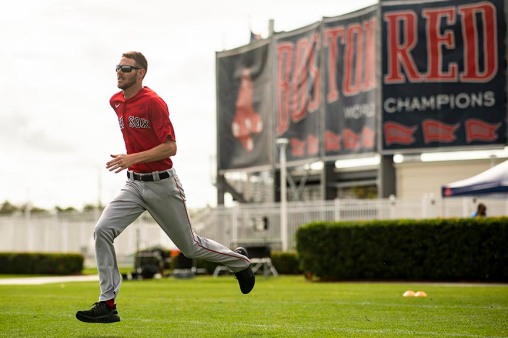 FT. MYERS, FL - FEBRUARY 16: Chris Sale #41 of the Boston Red Sox runs during a team workout on February 16, 2020 at jetBlue Park at Fenway South in Fort Myers, Florida. (Photo by Billie Weiss/Boston Red Sox/Getty Images) *** Local Caption *** Chris Sale