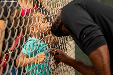 FT. MYERS, FL - FEBRUARY 16: Jackie Bradley Jr. #19 of the Boston Red Sox kisses his daughter Emerson during a team workout on February 16, 2020 at jetBlue Park at Fenway South in Fort Myers, Florida. (Photo by Billie Weiss/Boston Red Sox/Getty Images) *** Local Caption *** Jackie Bradley Jr.