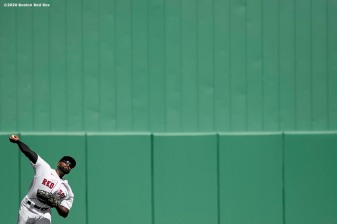 FT. MYERS, FL - FEBRUARY 29: Jackie Bradley Jr. #19 of the Boston Red Sox throws during the second inning of a Grapefruit League game against the New York Yankees on February 29, 2020 at jetBlue Park at Fenway South in Fort Myers, Florida. (Photo by Billie Weiss/Boston Red Sox/Getty Images) *** Local Caption *** Jackie Bradley Jr.