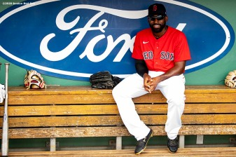 FT. MYERS, FL - MARCH 10: Jackie Bradley Jr. #19 of the Boston Red Sox reacts before a Grapefruit League game against the St. Louis Cardinals on March 10, 2020 at jetBlue Park at Fenway South in Fort Myers, Florida. (Photo by Billie Weiss/Boston Red Sox/Getty Images) *** Local Caption *** Jackie Bradley Jr.
