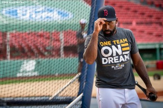 BOSTON, MA - AUGUST 28: Jackie Bradley Jr. #19 of the Boston Red Sox reacts before a game against the Washington Nationals on August 28, 2020 at Fenway Park in Boston, Massachusetts. The 2020 season had been postponed since March due to the COVID-19 pandemic. (Photo by Billie Weiss/Boston Red Sox/Getty Images) *** Local Caption *** Jackie Bradley Jr.