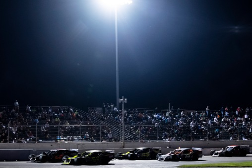 Cars race during the Thompson 150 for the NASCAR Whelen Modified Tour at Thompson Speedway Motorsports Park in Thompson, Connecticut on September 3, 2020. (Billie Weiss/NASCAR)