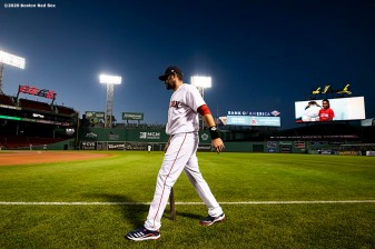 BOSTON, MA - SEPTEMBER 5: J.D. Martinez #28 of the Boston Red Sox warms up before a game against the Toronto Blue Jays on September 5, 2020 at Fenway Park in Boston, Massachusetts. The 2020 season had been postponed since March due to the COVID-19 pandemic. (Photo by Billie Weiss/Boston Red Sox/Getty Images) *** Local Caption *** J.D. Martinez